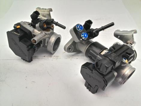 Throttle body CB150R lama (kiri) dan CB150R baru (kanan).