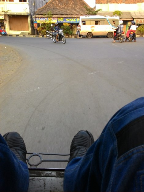 Test ride becak motor di Kutoarjo :)
